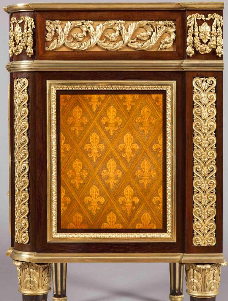 ormolu-cabinet